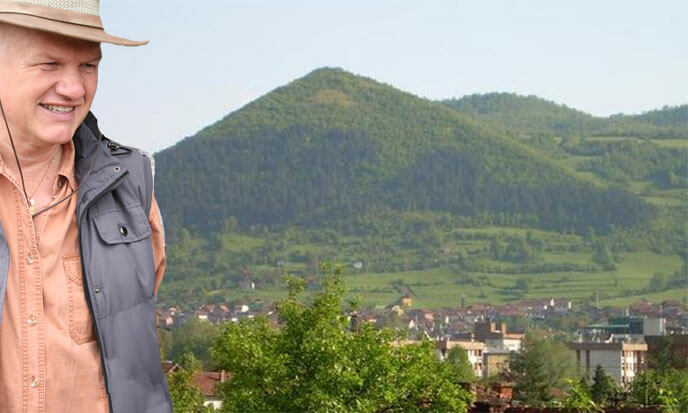 Bosnie Grande Pyramide Dominique Jongbloed Mon Carré De Sable