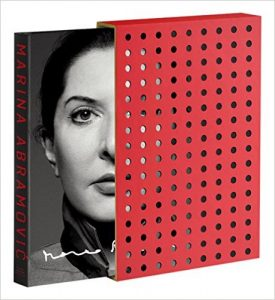 Souffrances et discipline, Marina Abramovic, Mon Carré De Sable : Walk Through Walls Signed and Numbered Collector's Edition (Anglais) Relié – 15 novembre 2016 de Marina Abramovic (Auteur)