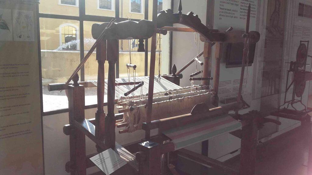 Museo del tessuto di Prato : Exposition de Marjolein au Musée des tissus de Prato Octobre 2016 Mon Carré De Sable